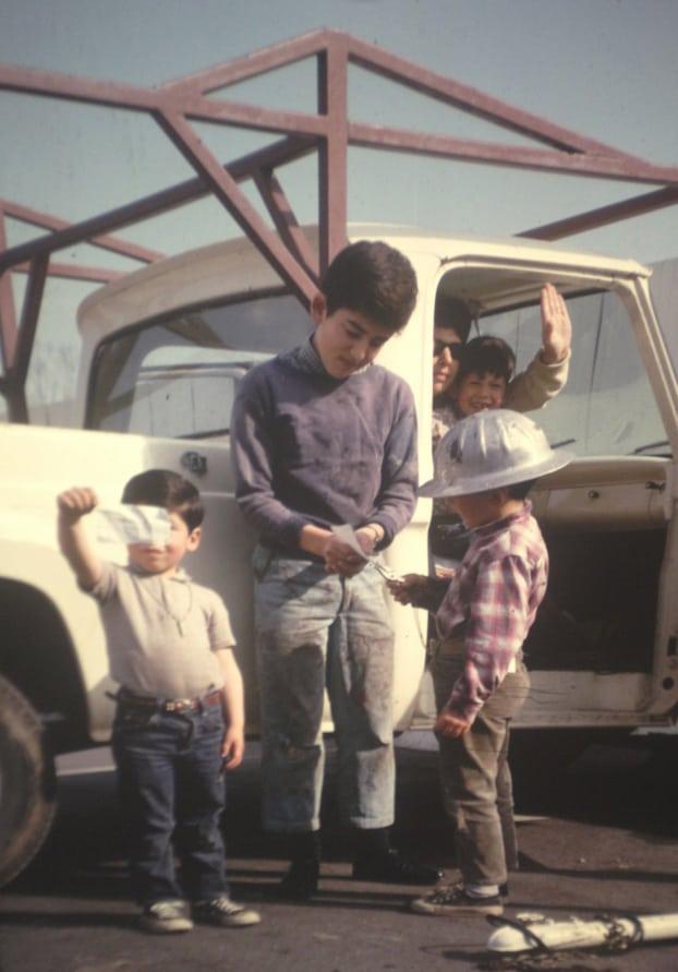 Levitch kids + truck